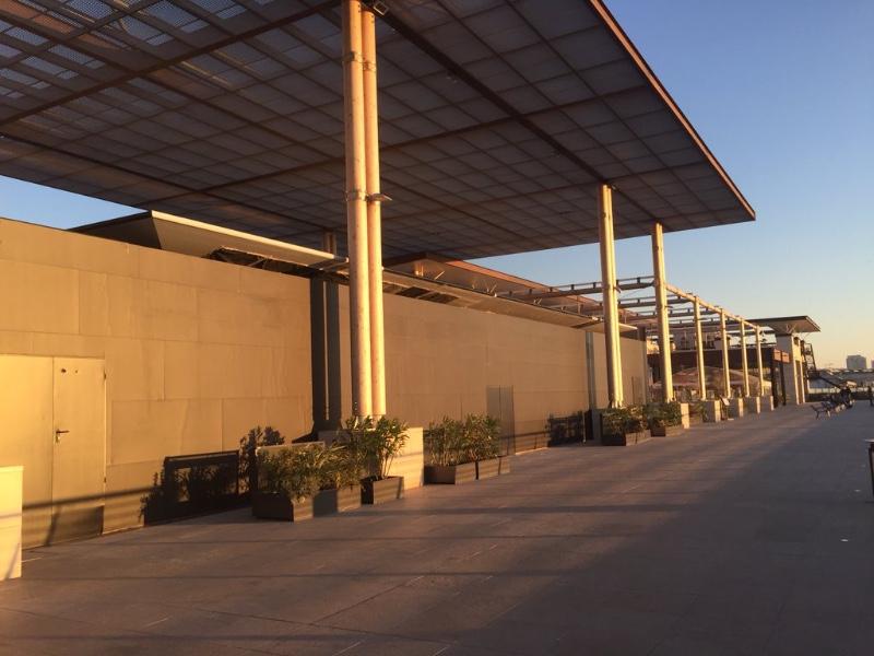 L 39 apple store de marseille est bien expos macgeneration - Apple store marseille terrasse du port ...