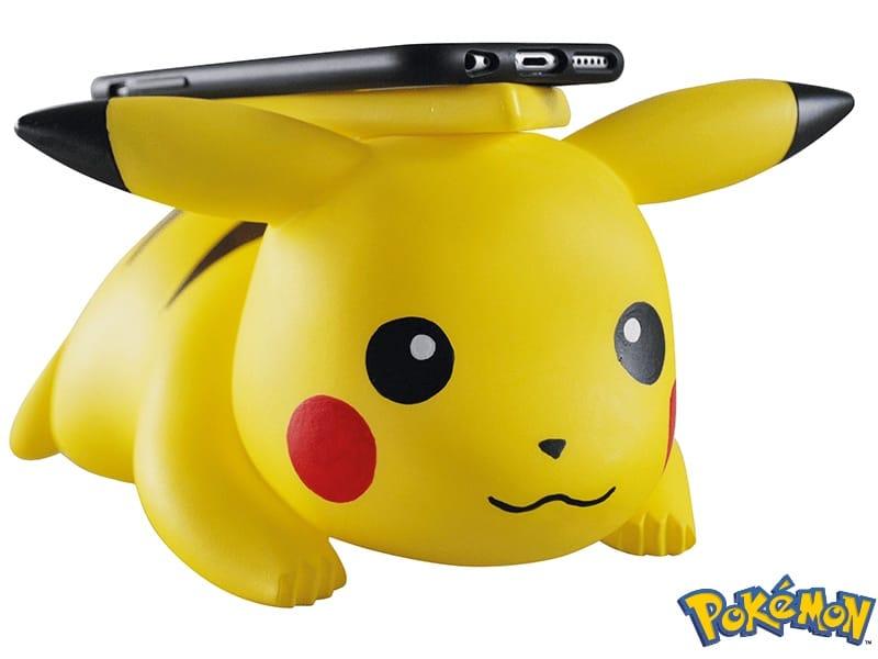 Avec ses pouvoirs, Pikachu recharge les iPhone par induction
