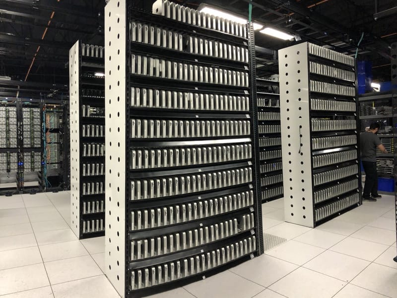 Avez-vous déjà vu autant de Mac mini sur une seule photo?