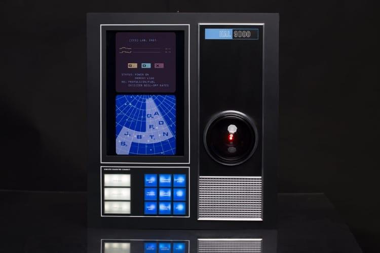 video en galerie : Alexa assisté par HAL 9000, c'est (enfin) possible !