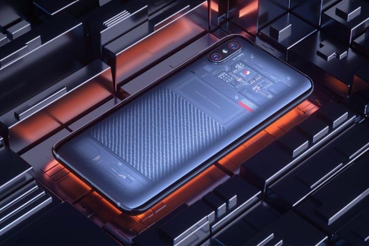 image en galerie : Le dos translucide du nouveau Xiaomi est peut-être… un autocollant 🤦♂️[MàJ]
