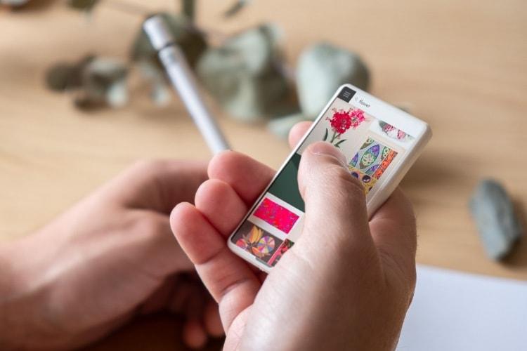 image en galerie : Minima: un smartphone (vraiment) de poche