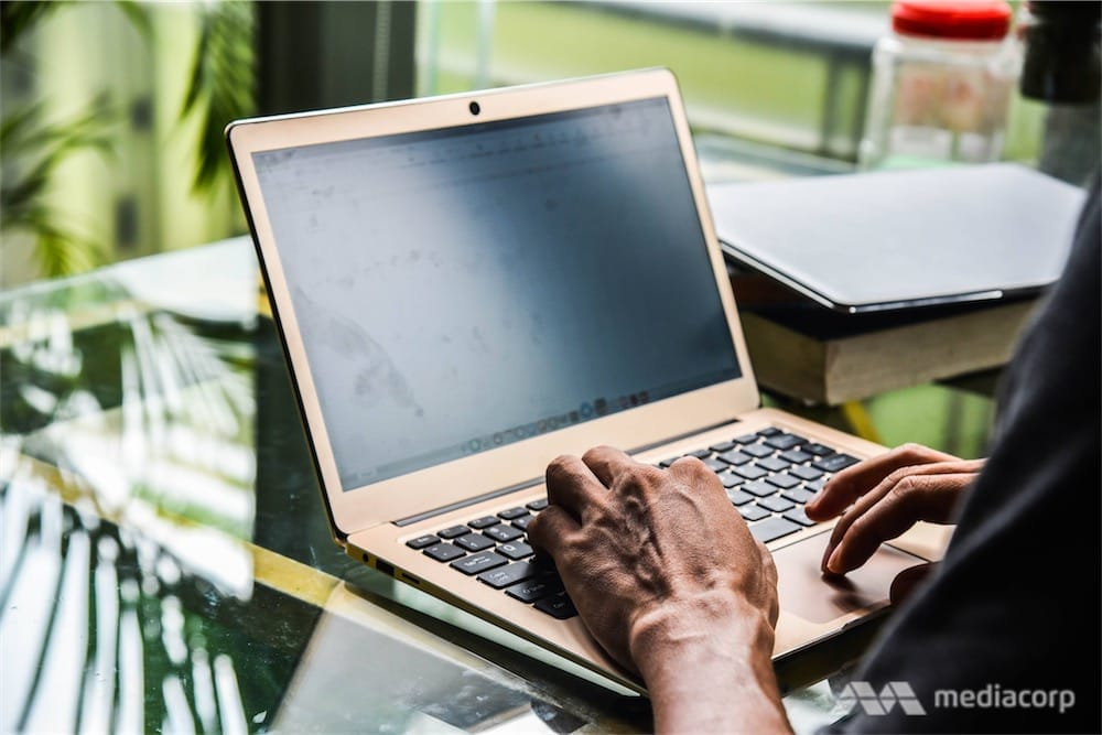 Koompi, le MacBook Air cambodgien