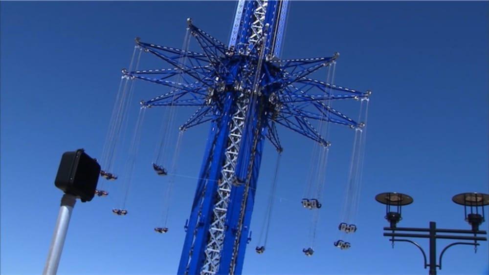 135 mètres plus bas, l'iPhone s'en sort avec une égratignure