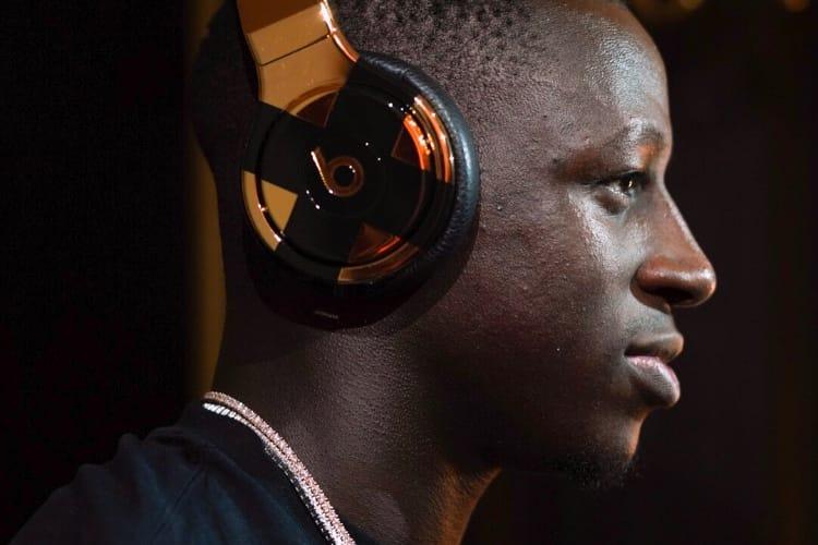 Beats : un casque en or 24 carats pour un champion du monde ⭐️⭐️