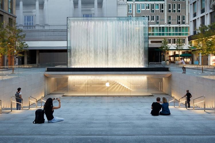 image en galerie : Apple est très fière de sa boutique milanaise