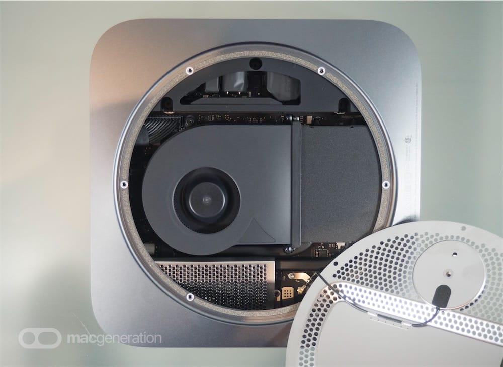 À l'intérieur du Mac mini