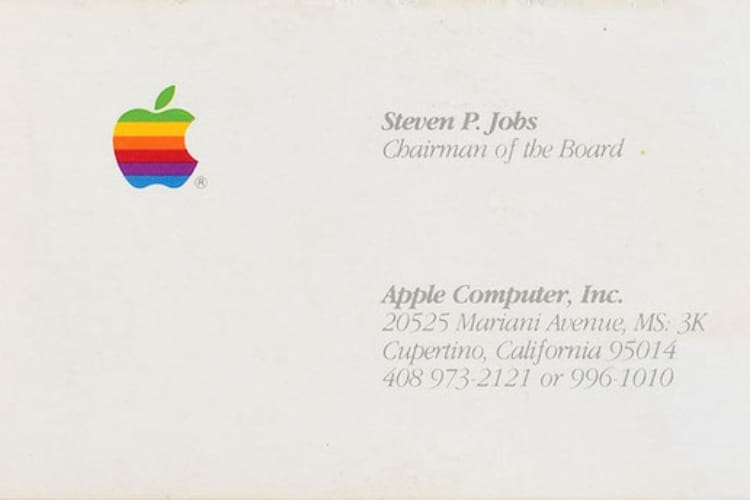 Steve Jobs fait toujours vendre : plus de 6000$ la carte de visite